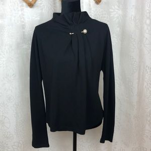 Gracia blouse with pearl detail size L